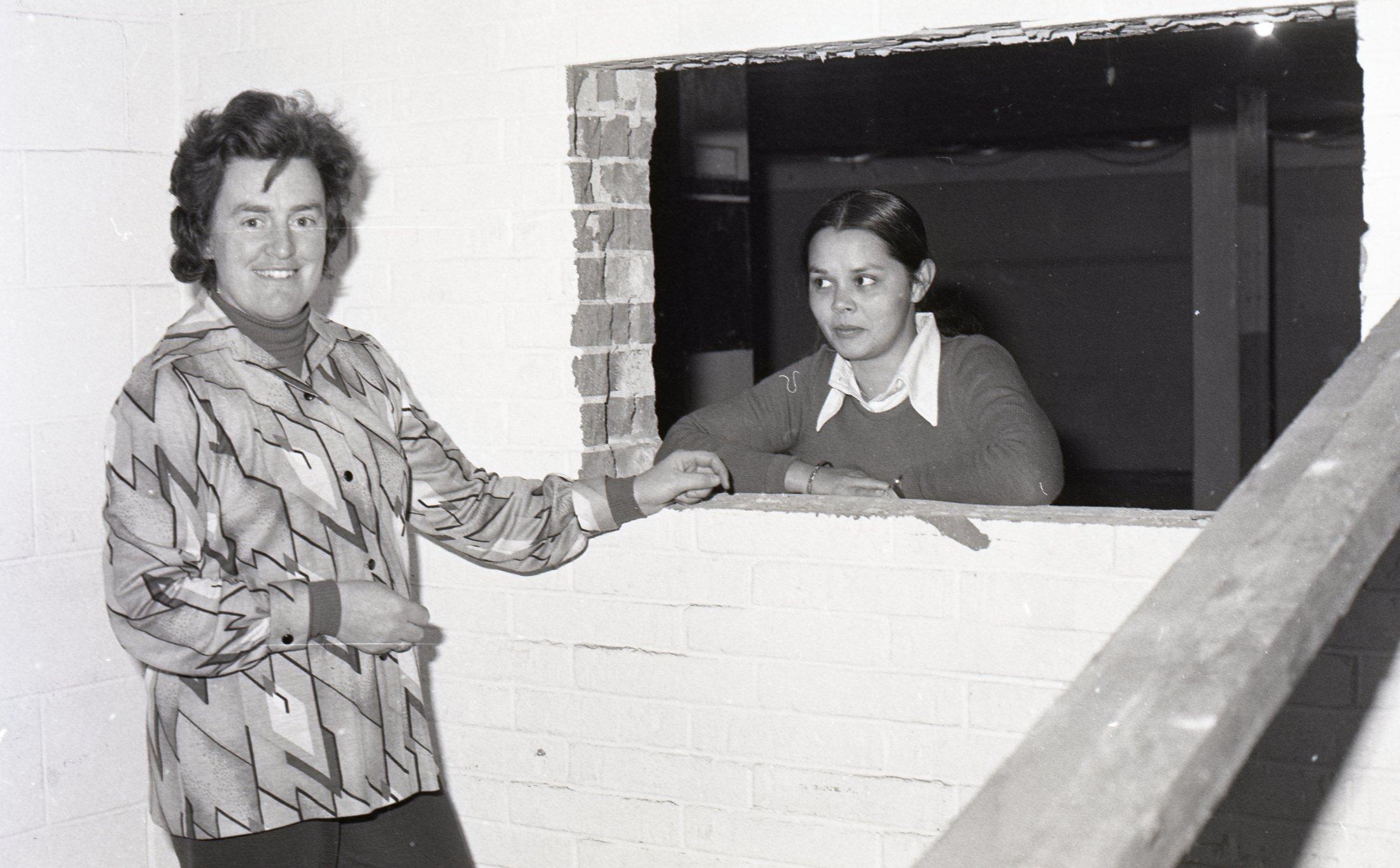 1976 - Crypt Renos