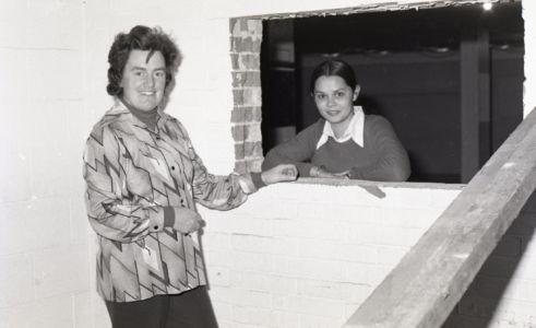 1976 - Crypt Renos (2)