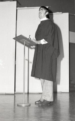 1976 - Speaker